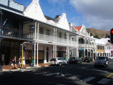 Old Cape Town, walking to the waterfront from the hotel