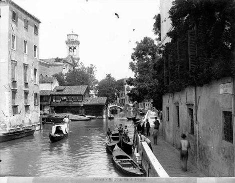 Squero [gondola boatyard]